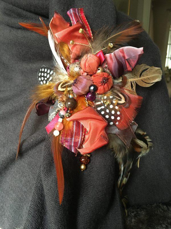 Firecracker cluster brooch